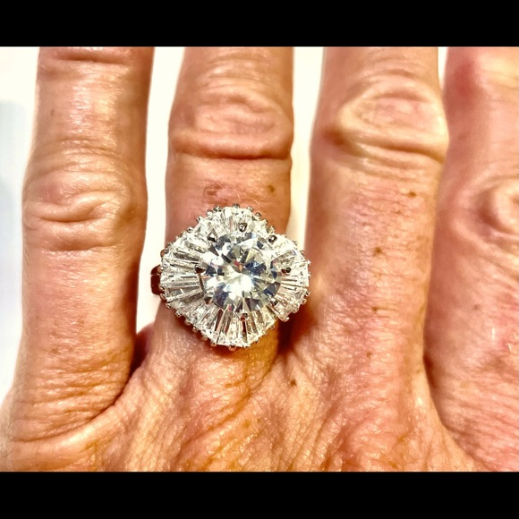 Beautiful CZ Cocktail Ring, size 7